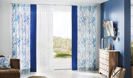 Gardinen Blau mit Muster