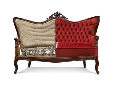 Sofa in klassischem und modernen Polsterstil